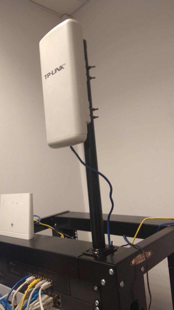 Antena WIFI z nogi od stołu